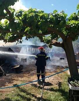 Πυρκαγιά σε αποθήκη στους Κομποτάδες Φθιώτιδας